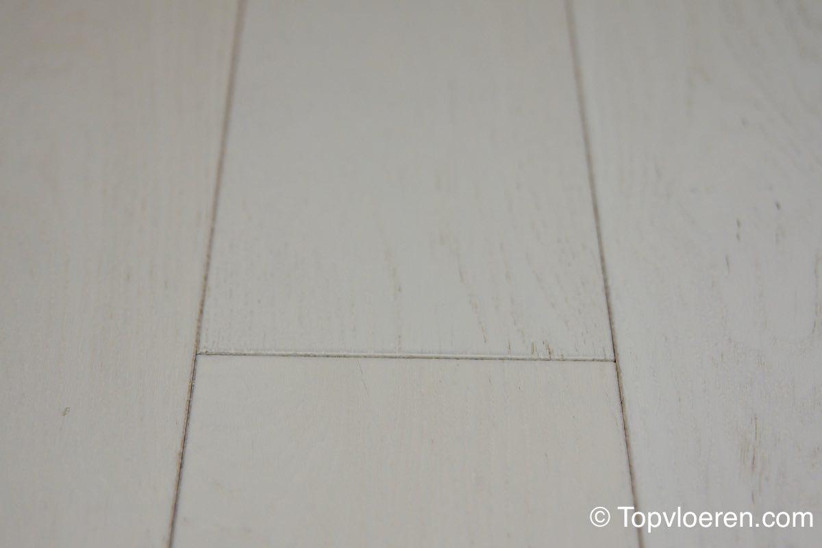Eiken rustiek multiplank dekkend wit zoals gezien in VT wonen